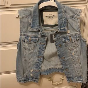 Abercrombie and Fitch Jean Vest